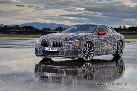 BMW показала фото купе 8 Series
