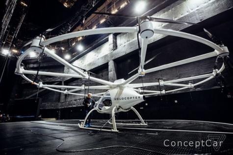 """Intel представила """"летающее авто будущего"""""""